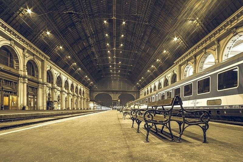 Song train station per iter Hotel in Budapest