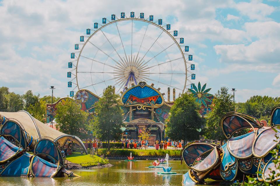 Tomorrowland destê Train picture wheel