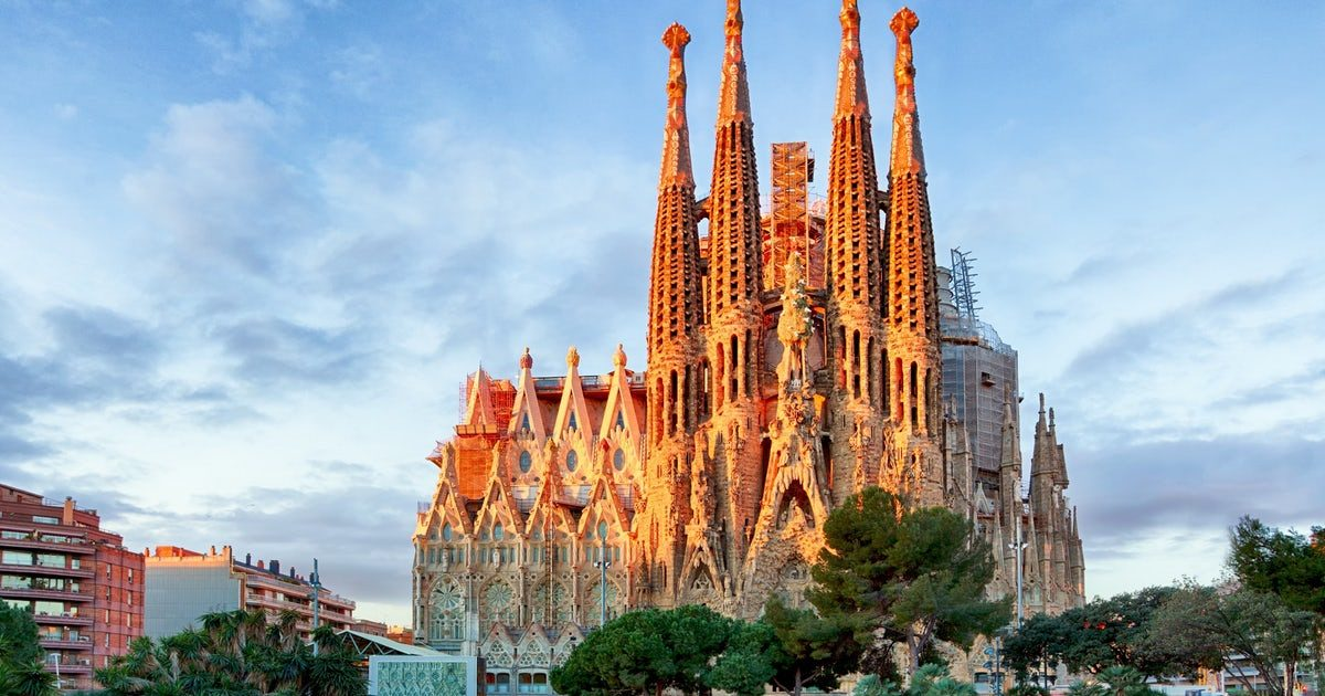 Barcelona is the Best Destinations in Europe to travel during a weekend