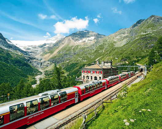 Maxime European train via views