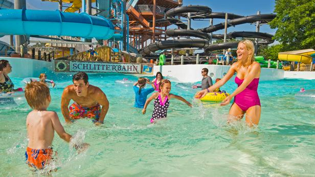 Best Water Parks in Europe For A Vacation feature image