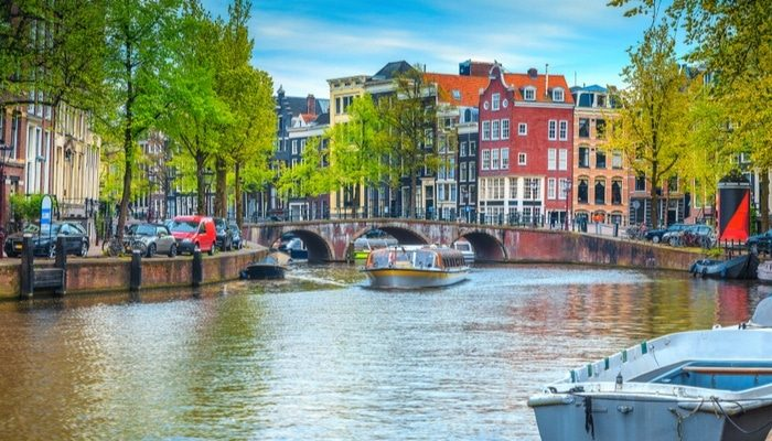 Netherlands Best Canal and River boat Holidays