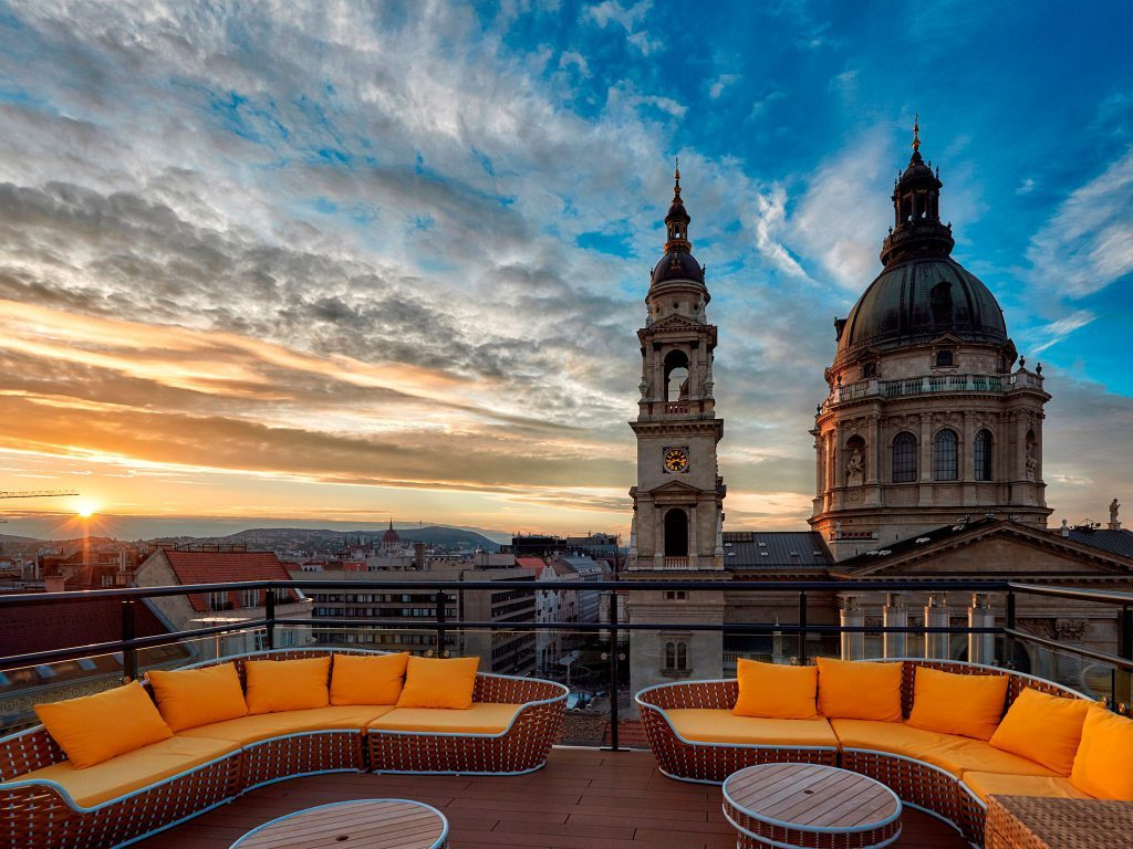 Best Rooftop Restaurants And Cafes In Europe / Hungary view