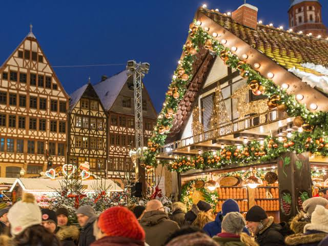 Frankfurt Romerberg And St. Pauls unguye Best Christmas Markets e Germany