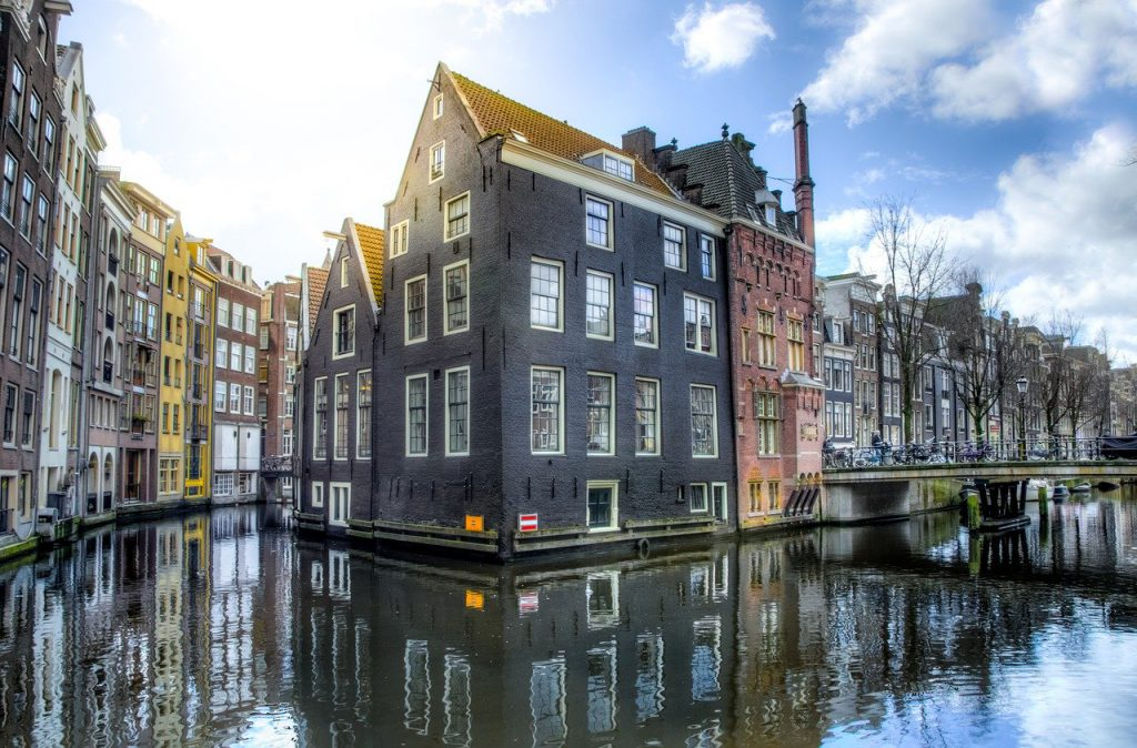 Amsterdam house on canals