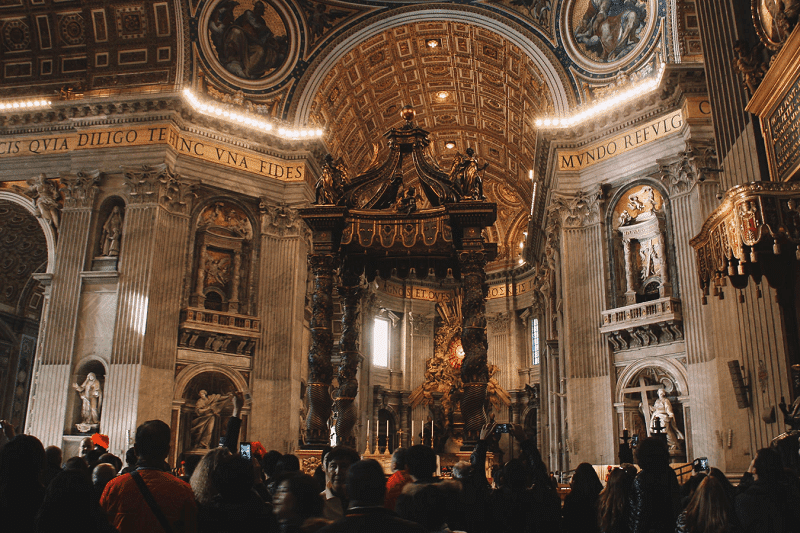 St Peter ká Basilica, Vatican is on Europe's Must-See Places Of Worship