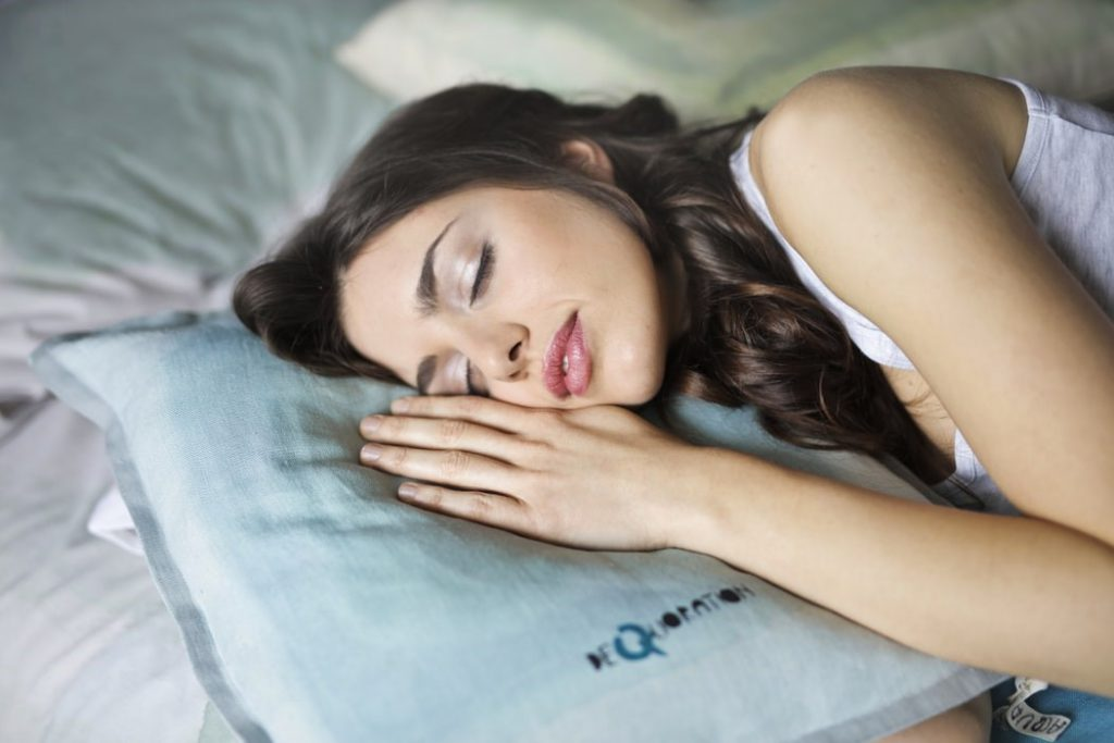 Sleep Enough To Stay Healthy While Traveling