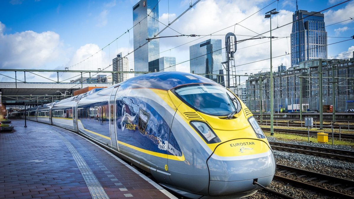 eurostar front view