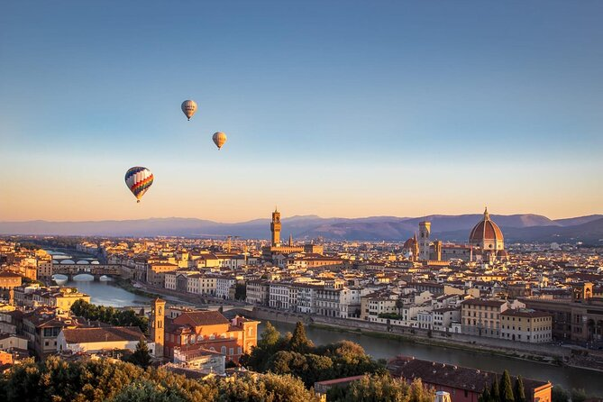 Air baloons in Florence Italy