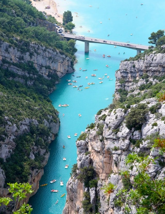 Turquoise water in The Verdon Gorge, France