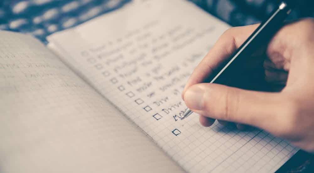 how to make a travel checklist
