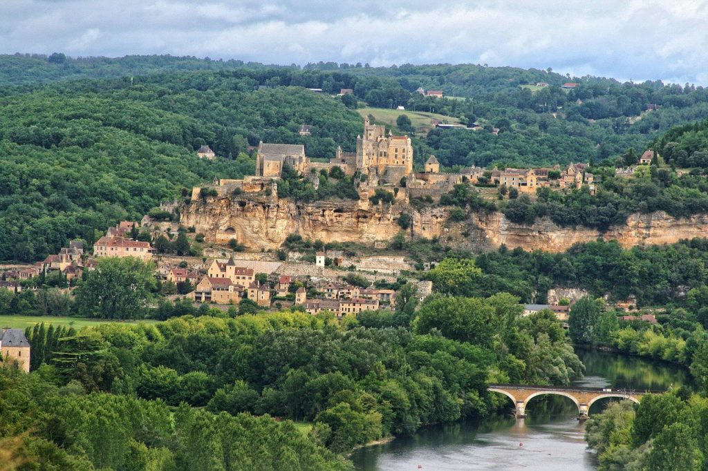 The Dordogne Valley in France is the first Beautiful Viewpoint in Europe on our list