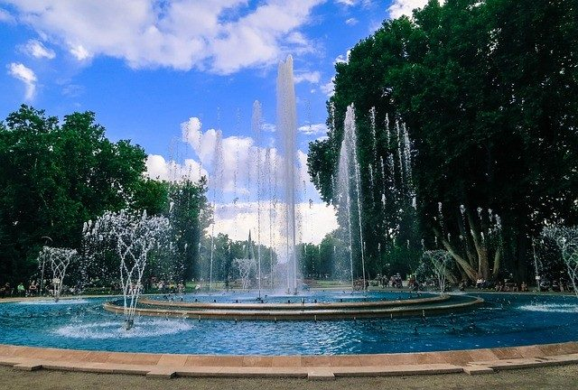 The Margaret Island Musical Fountain In Budapest is Most Beautiful Fountains and Musical in Europe