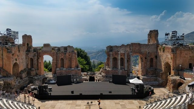 The World's Ancient Music Venue is the Theatre In Taormina, ඉතාලිය