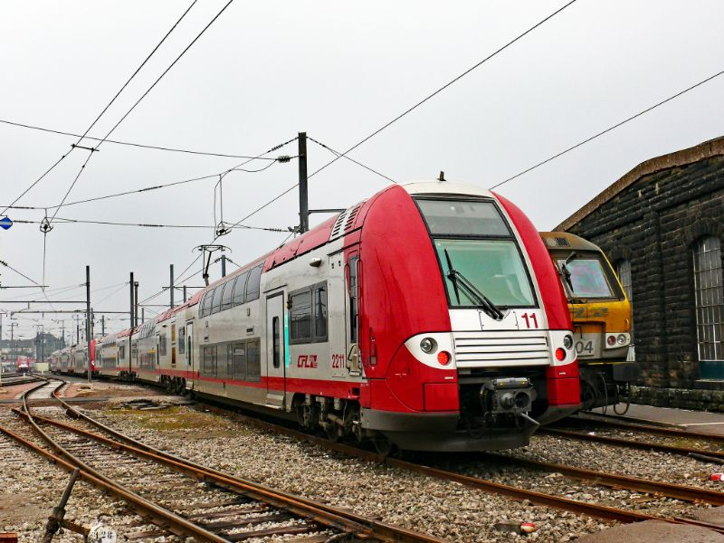 Luxembourg train image